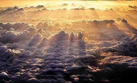 Польский ученый доказал, что Бог существует!