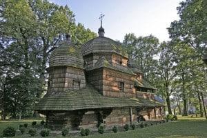 Деревяная церковь!